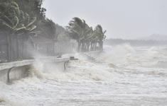 Bão số 9 rất mạnh có thể tạo sóng cao 8-10m, đề phòng lũ quét và sạt lở ở miền Trung