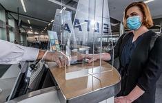 Hãng Hàng không Delta cấm hàng trăm hành khách không tuân thủ quy định đeo khẩu trang