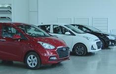 """Thị trường ô tô cuối năm bắt đầu """"nóng"""", giá rục rịch tăng"""