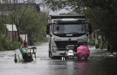 Hàng chục nghìn người phải sơ tán do bão Molave, Philippines ra cảnh báo bão cao nhất