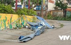 """Cảnh tan hoang ở huyện đảo Lý Sơn khi bão số 9 """"càn quét"""""""