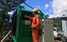 Đưa máy phát điện lên hiện trường phục vụ cứu hộ, cứu nạn vụ sạt lở ở Quảng Nam