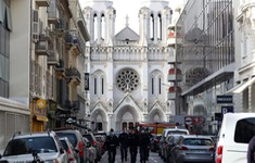 Sau vụ tấn công bằng dao, Pháp nâng cảnh báo an ninh ở mức cao nhất