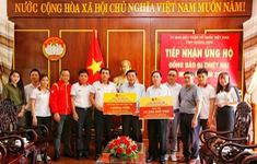 Tiếp tục những hoạt động ý nghĩa của đoàn đua xe đạp VTV - Cúp Tôn Hoa Sen