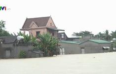 Mưa lớn nhấn chìm hàng trăm ngôi nhà tại Nghệ An