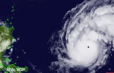 TIn nóng đầu ngày 31/10: Siêu bão cấp 12 ngoài biển Đông