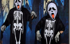 """Thị trường Halloween: """"Ma cũ"""", giá mới"""