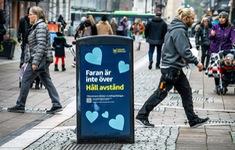 """Thụy Điển """"vỡ mộng"""" thoát COVID-19 nhờ miễn dịch cộng đồng"""