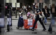Liên minh châu Âu kêu gọi tăng cường các biện pháp phòng dịch dịp Lễ Giáng sinh và năm mới