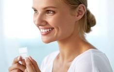 Những lợi ích của việc làm trắng răng và cách làm tại nhà