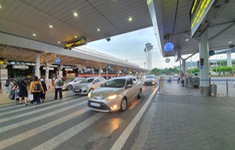 Tình hình giao thông tại sân bay Tân Sơn Nhất cải thiện tích cực