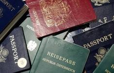 """Giới nhà giàu Mỹ """"đổ xô"""" đi mua hộ chiếu thứ 2"""