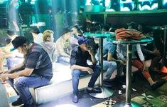 64 người dương tính ma túy bên trong quán bar