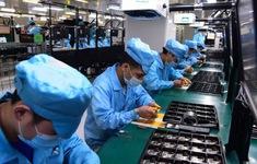Bất chấp thương chiến và đại dịch, Trung Quốc vẫn chiếm lĩnh xuất khẩu toàn cầu