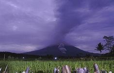 Nhiều núi lửa ở Indonesia gia tăng hoạt động, hàng nghìn người phải sơ tán