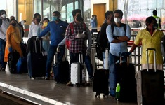 Giới người giàu Ấn Độ tìm cách sang Anh du lịch để mua vaccine COVID-19