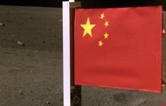 Tin nóng đầu ngày 5/12: Trung Quốc cắm cờ trên mặt trăng