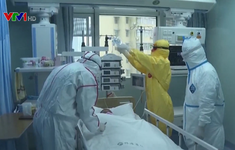 Trung Quốc đẩy mạnh cách ly người bệnh để ngăn COVID-19 lây lan