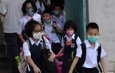 Học sinh vẫn đi học tại nhiều quốc gia có dịch bệnh COVID-19
