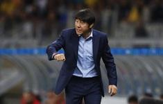 HLV Shin Tae Yong chê cầu thủ Indonesia đá bóng không bằng... học sinh