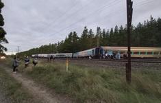 Tàu trật đường ray ở Australia, 2 người thiệt mạng