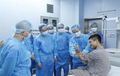 Ca ghép chi thể đầu tiên trên thế giới lấy từ người cho sống được thực hiện tại Việt Nam