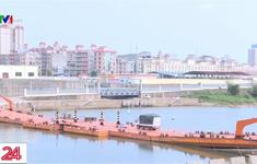 Quảng Ninh thông quan hàng hóa qua cầu phao tạm