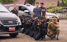 Sinh tử - Tập 73: Lê Hoàng cùng lúc bị đàn em của Vũ và công an vây bắt trên đất Lào