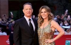 Trở về Mỹ, vợ chồng Tom Hanks tiếp tục cách ly điều trị