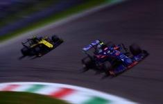 Đội đua Mercedes trải nghiệm vòng đua giả lập GP Việt Nam