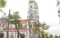 Hà Tĩnh: Bất chấp chỉ thị của Thủ tướng, nhiều giáo xứ vẫn tụ tập làm lễ