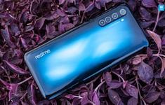 """Cận cảnh Realme 6 Pro: Chip Snapdragon 720G, camera trước """"đục lỗ"""" kép, sạc nhanh VOOC 4.0"""