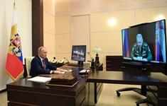 Tổng thống Putin: Nga đã qua đỉnh dịch và sẽ tổ chức duyệt binh Ngày Chiến thắng