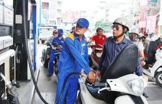 """Không thiếu nguồn cung nhưng doanh nghiệp vẫn """"kêu"""" khó mua xăng"""