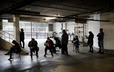 """Thị trường lao động Mỹ nhìn thấy """"ánh sáng cuối đường hầm"""""""
