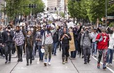 Biểu tình bạo động ở Mỹ: Sau Washington, New York cũng áp đặt lệnh giới nghiêm