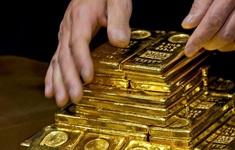 Giá vàng cán mốc 49 triệu đồng