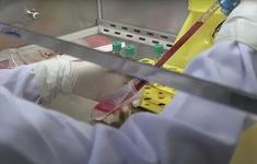 Mỹ phê chuẩn phương pháp điều trị COVID-19 kết hợp hai kháng thể