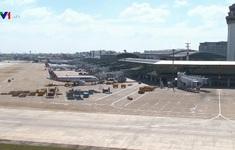 Gấp rút sửa chữa đường băng tại hai cảng hàng không lớn nhất cả nước