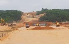 Thủ tướng thúc tiến độ hoàn thành khu tái định cư dự án cao tốc Bắc - Nam