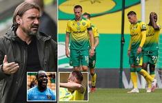 Norwich là đội đầu tiên xuống hạng tại Ngoại hạng Anh