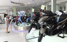Doanh số bán xe máy ở Việt Nam giảm mạnh trong quý II