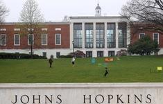 Đại học Johns Hopkins kiện chính sách mới của Mỹ đối với sinh viên quốc tế
