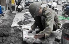 Hà Nội lập đoàn kiểm tra thi công lát đá vỉa hè