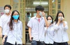 Thí sinh sốt, ho, khó thở phải báo ngay cho cán bộ y tế trực tại Điểm thi tốt nghiệp THPT