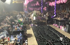 TP.HCM: Đột kích quán karaoke, phát hiện gần 90 người dương tính ma túy