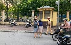 Không có việc CSGT kéo ngã cô gái đang đi xe máy