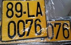 Loại xe ô tô nào phải chuyển sang biển màu vàng từ 1/8?