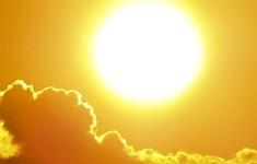 """Tin nóng đầu ngày 11/8: Miền Bắc, miền Trung """"như cái lò""""; Hơn 21.000 DN TP.HCM giải thể vì COVID-19"""
