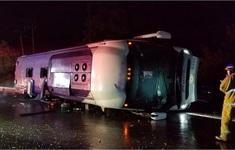 Lật xe khách trên cao tốc ở Mexico, ít nhất 13 người thiệt mạng